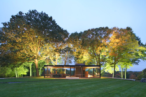 Glass House at Dawn Architect Philip Johnson 1949
